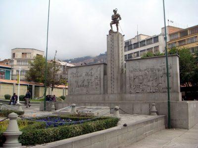 Plaza Alonzo de Mendoza – La Paz
